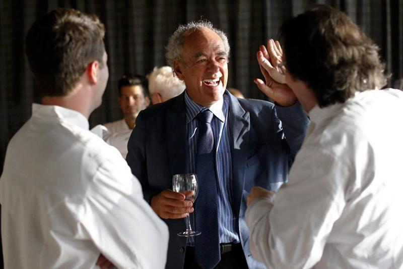 Shep Gordon a Culinary Institute of America rendezvényén, melyet néhai barátja, a legendás szakács Roger Verge tiszteletére rendeztek. Fotó: www.buffalonews.com